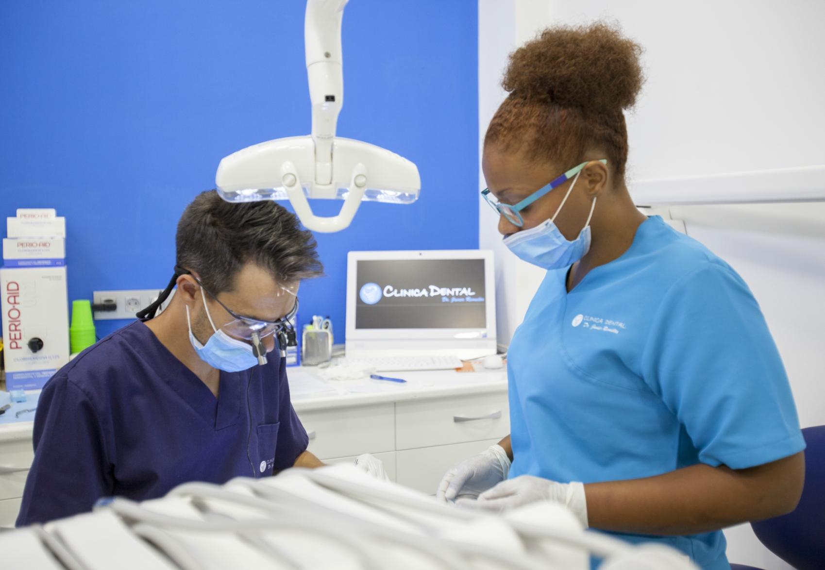 Clinica dental javier revuelta